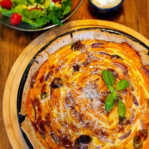 REZEPT ° Quiche mit Süßkartoffeln & roten Zwiebeln